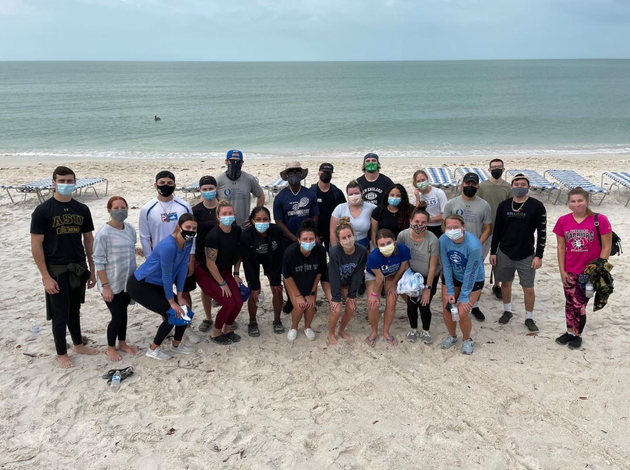 Group Photo of Exercise Science Students doing a Beach Clean up