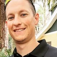 Alumni Sean Landis