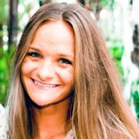 Alumni Stefani Soucy