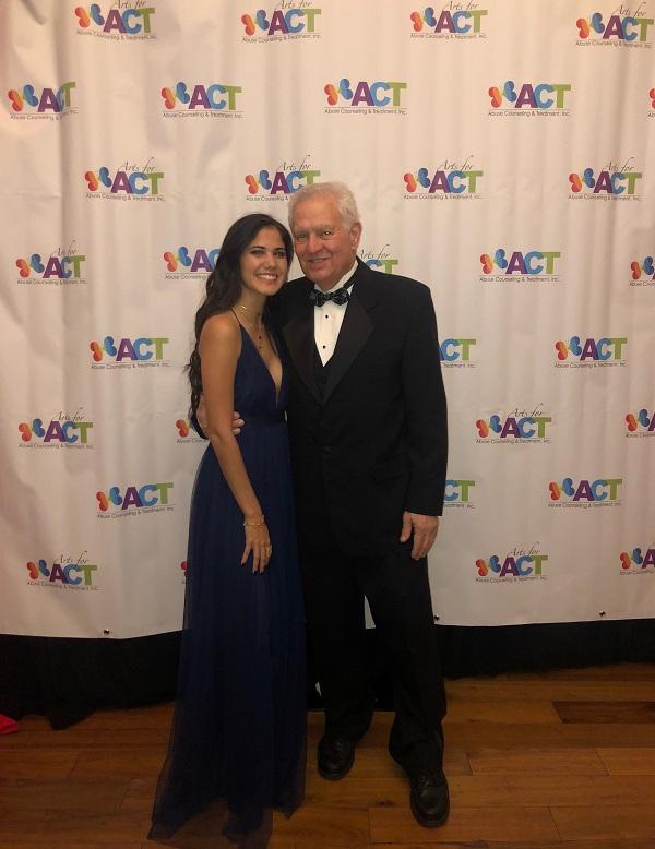 Roxana Ruiz and her mentor David Steckler